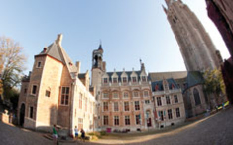 Which museums are part of musea brugge visit bruges for Dhondt interieur brugge openingsuren